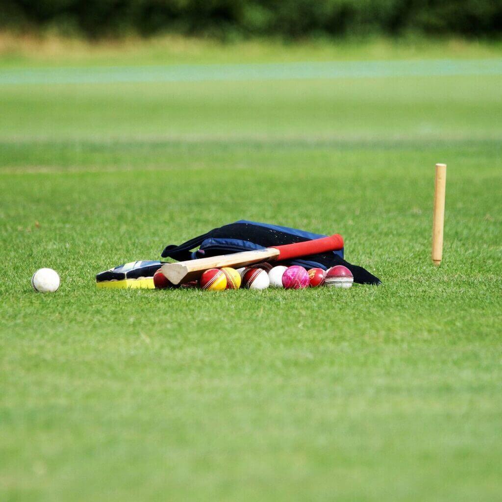 Cricket Cricket Balls Coaching Ball  - Stwcar / Pixabay ipl 2021