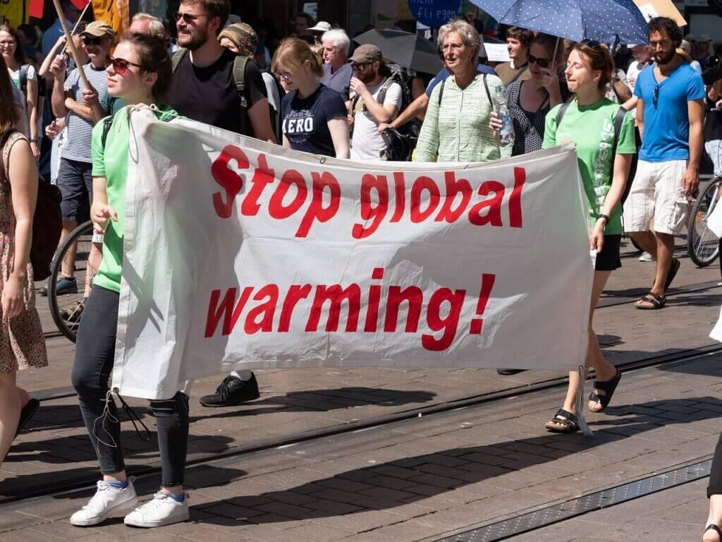 Demonstration Protest Show Me  - Derks24 / Pixabay Drawing on Global Warming