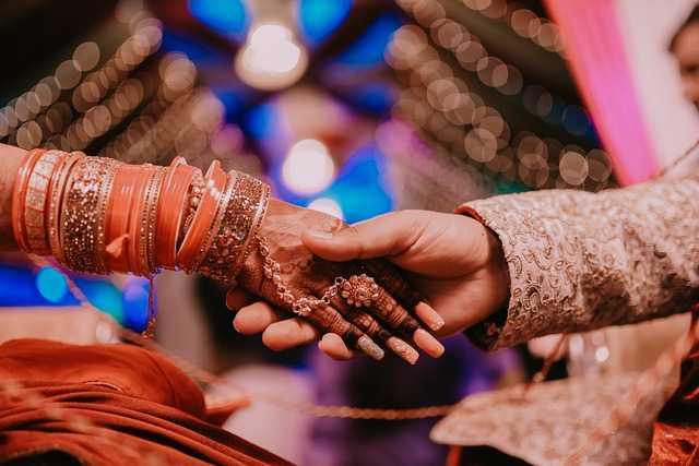 Wedding Hands Indian Couple  - vatsalrbhatt / Pixabay diversity of indian culture